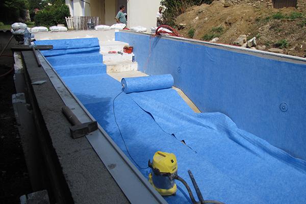 piscine en kit avignon vente de kit piscine monter. Black Bedroom Furniture Sets. Home Design Ideas