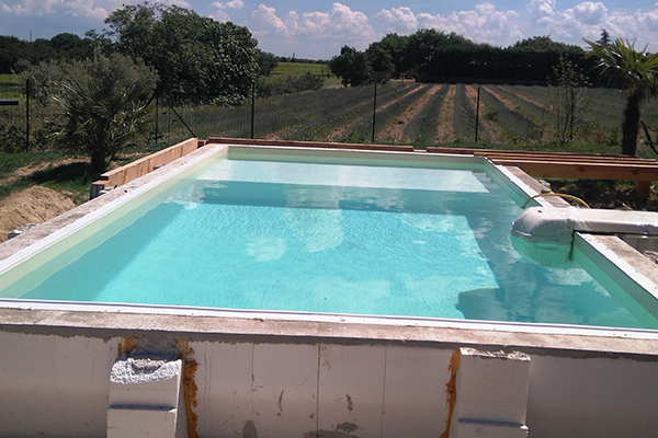 piscine monter soi m me ved ne vente de piscine en kit vaucluse 84. Black Bedroom Furniture Sets. Home Design Ideas